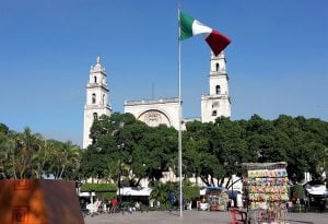 Cathedral in Mérida from Plaza Grande